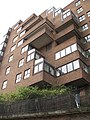 Cascaded architecture near Lodge Rd seen from boat trip on Regent's Canal - panoramio.jpg