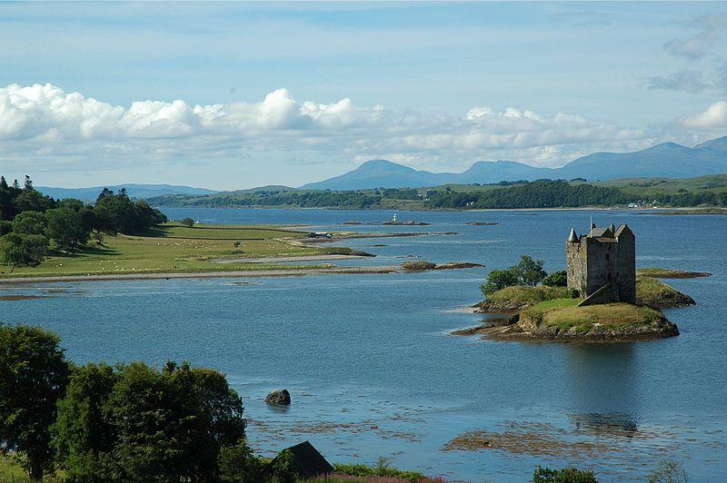 File:Castle Stalker Scotland.jpg