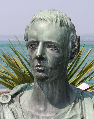 Catullus - Modern bust of Catullus on the Piazza Carducci in Sirmione.