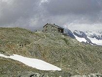 Cavardirashütte von Westen.jpg