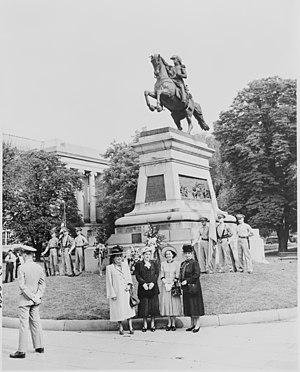 General Jose de San Martin Memorial - Statue at Judiciary Square