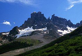 cerro castillo wikipedia