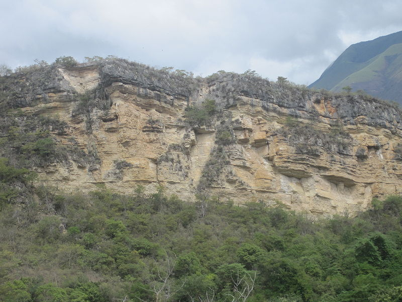 File:Cerro colorado.JPG