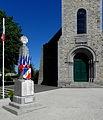 Châlons-du-Maine (53) Monument aux morts.JPG