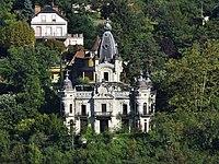Château de la Roche du Roi (depuis Tresserve).JPG