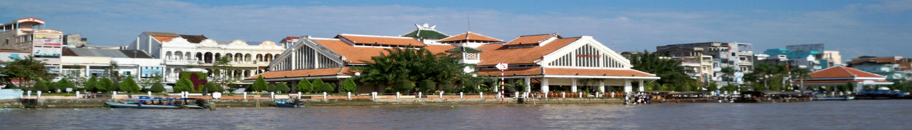 Ninh Kieu Market from Hau River