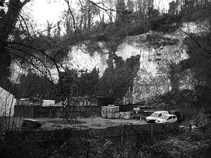 Anna Valley - Old chalk pit just off Foundry Road, Anna Valley. This is where the Beta airship docked on the night of July 13th 1910.