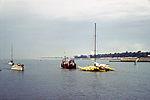 Chalutier dans l' avant-port de La Rochelle.jpg