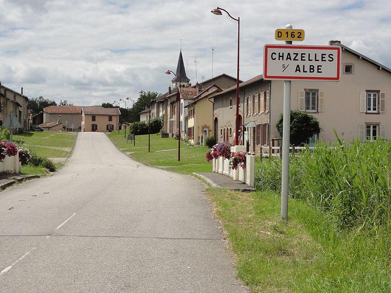 Chazelles-sur-Albe (M-et-M) city limit sign