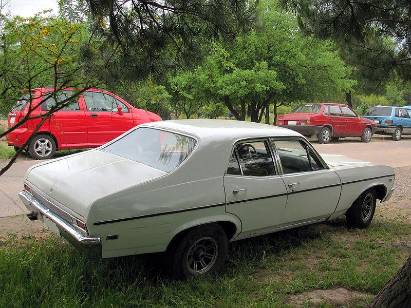 File:Chevrolet Nova Sedan 1969 (14275169879).jpg