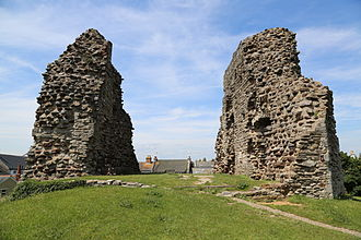 Christchurch Castle - The two remaining walls of the castle's keep