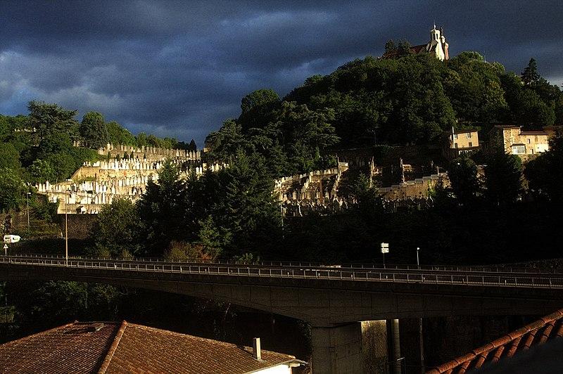 File:Cimetière de Mont Pipet.jpg