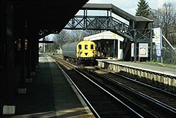 Class 416 5764 at Sanderstead railway station (1983) 02.JPG