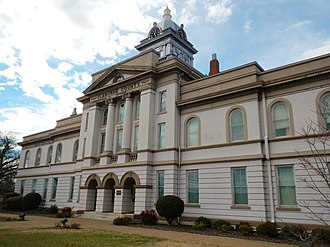 Cleburne County, Alabama - Image: Cleburne County Alabama Courthouse 2012