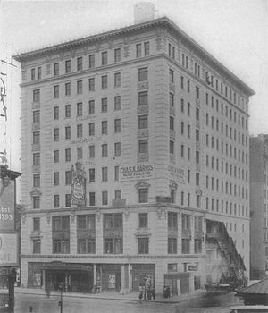 Columbia Theatre (New York City) - Columbia Amusement Company Building and Columbia Theatre in 1910