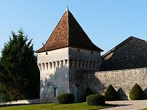 Connezac - Image: Connezac château (23)