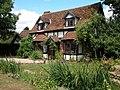 Cottage in Elmley Castle - geograph.org.uk - 728610.jpg