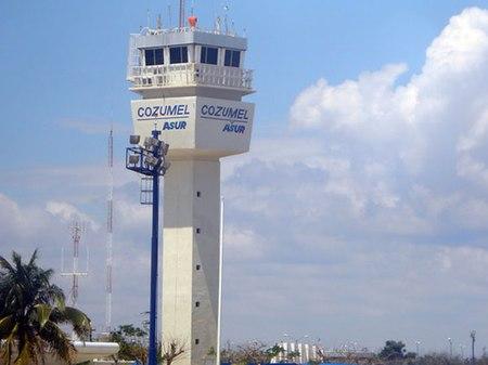 Lapangan Terbang Antarabangsa Cozumel