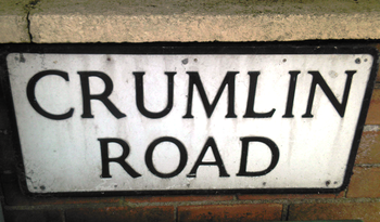 English: Street sign of Belfast's Crumlin Road...