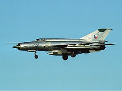 Czechoslovak Air Force Mikoyan-Gurevich MiG-21R Lofting-4.jpg