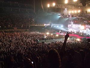 English: Dave Gahan at the O2 Arena in London,...