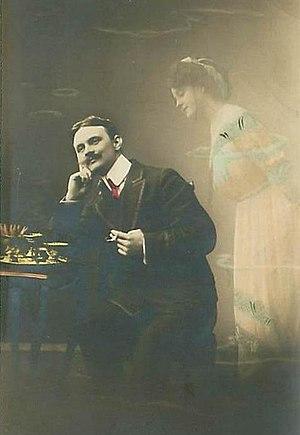 Daydream - Daydreaming gentleman in 1912