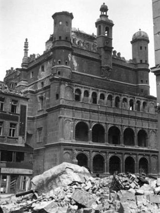 Battle of Poznań (1945) - Poznan Town Hall damaged in the fighting