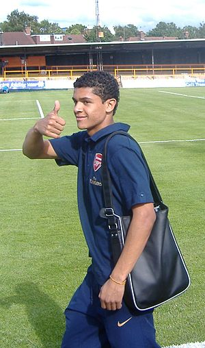 Denílson Pereira Neves - Denílson Pereira Neves training for Arsenal in 2007