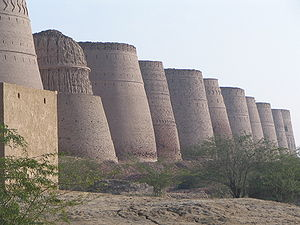 Bahawalpur (princely state) - Derawar Fort was a major fort for the Nawabs in the Cholistan Desert