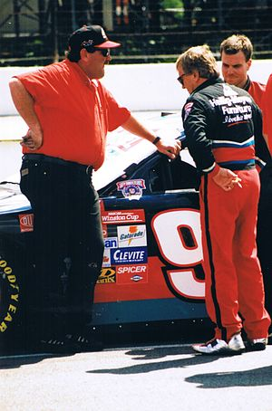 Dick Trickle - Trickle (right, facing away) in 1998