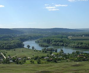 Geography of Moldova - A Nistru valley view.