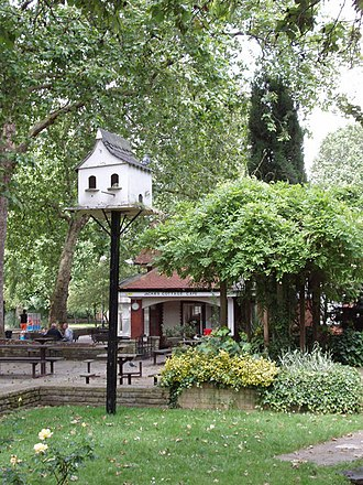 Parks and open spaces in the London Borough of Hammersmith and Fulham - Dovecot in Bishop's Park