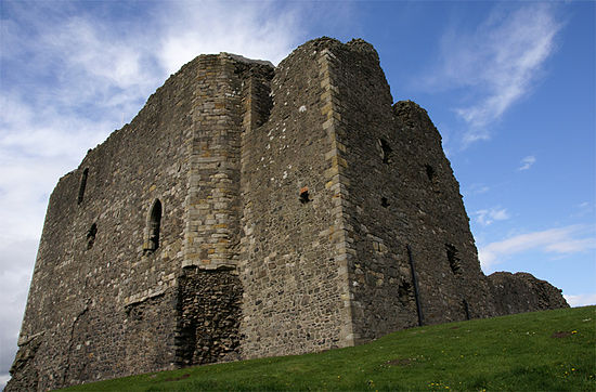 Dundonald Castle, where Robert II died in 1390 Dundonald Castle 20080424 - from south west.jpg