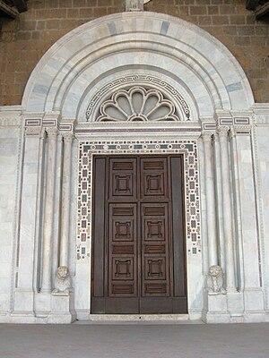 Civita Castellana Cathedral - Central gate