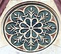 Duomo di firenze, medaglioni intarsiati in marmi policromi nei timpani delle finestre sui fianchi 01,1.jpg