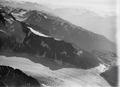 ETH-BIB-Aletschgletscher und, vom Eisstrom abgedämmt, der Märjelensee aus 4500 m-Inlandflüge-LBS MH01-001024.tif