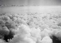 ETH-BIB-Blick über die Wolken-Tschadseeflug 1930-31-LBS MH02-08-0105.tif