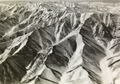 ETH-BIB-Gebirge vor Chorrenabad-Persienflug 1924-1925-LBS MH02-02-0064-AL-FL.tif