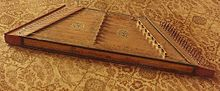 Early dulcimer made in Belgium.jpg