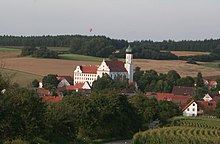 Blick auf Schloss Edelstetten (Quelle: Wikimedia)