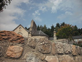Eglise de Saint-Just (Cantal).JPG
