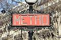 Entrée Station Métro Iéna Paris 7.jpg