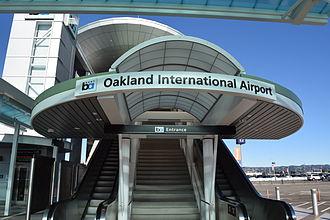 Oakland International Airport station - Image: Entrance to Oakland Airport BART Station (BART to OAK tram)