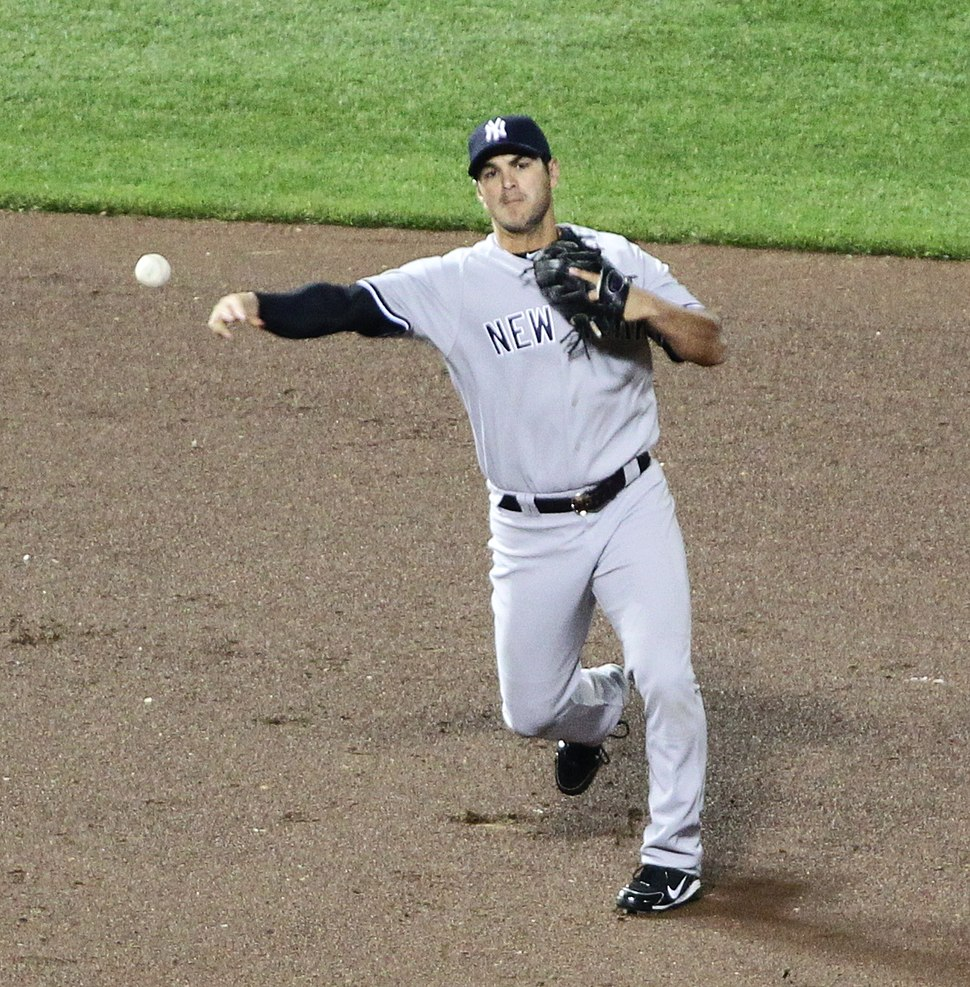 Eric Chavez making throw for Yankees 2011