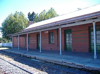 La vieja estación y su plataforma