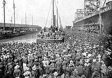 Сан-Франциско, июль 1897 года. Пароход «Эксельсиор» отправляется из Сан-Франциско 28 июля 1897 года в сторону Клондайка.