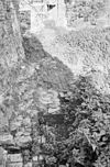 exterieur blik langs zuid, west ringmuur naar het noord, westen - batenburg - 20310161 - rce