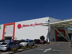 b3f87e88f7 Fachada de Fábricas de Francia Zumpango