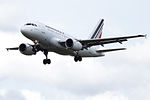 F-GUGM A318 Air France (14785307944).jpg