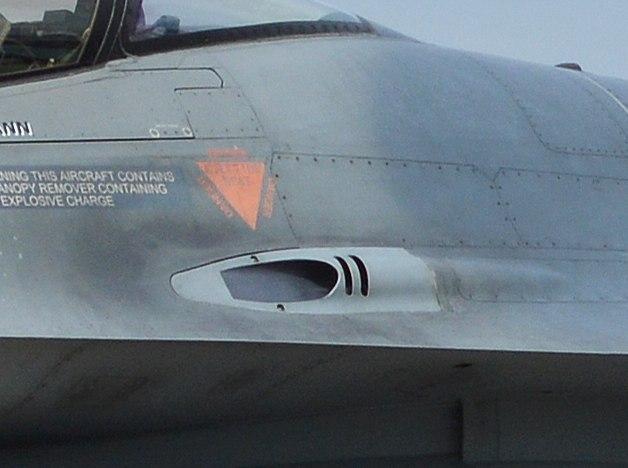 F16cannon-late
